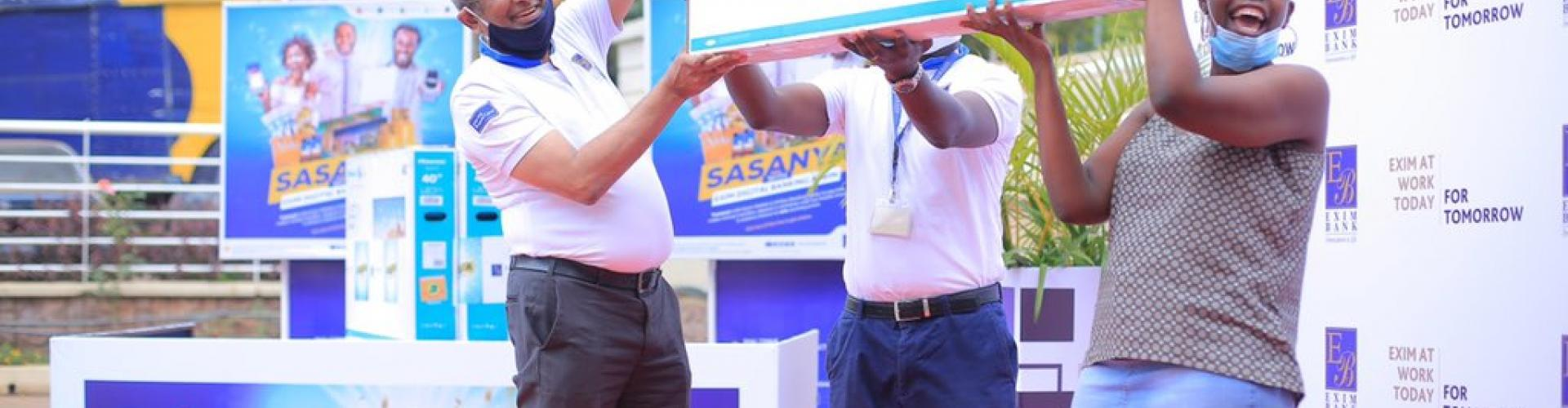 Winners of Sasanya with Exim Digital Banking promotion
